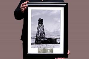 Вип подарок руководителю компании Первая газовая скважина России