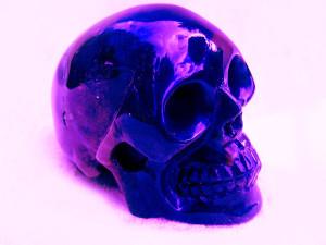 Кварцевый череп подарок инкам