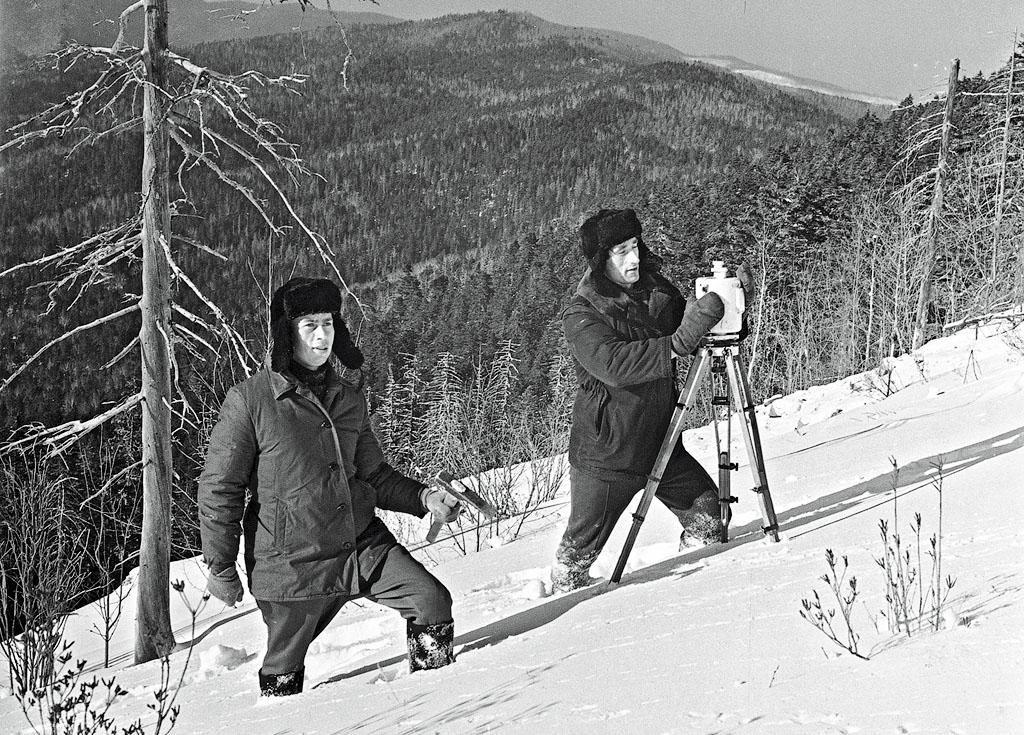 Геологи в Западной Сибири